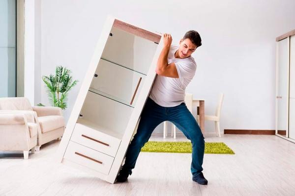 contratar el servicio de retirada de muebles